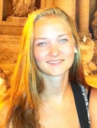 SAVNET: Sigrid Giskegjerde Schjetne (16) er savnet. Foto: Privat/Politiet