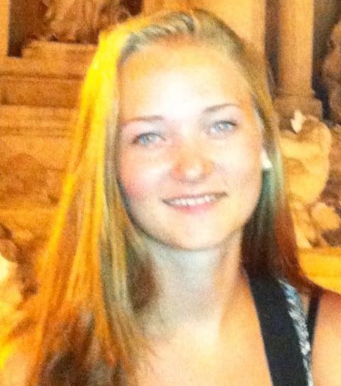 SAVNET: Sigrid Giskegjerde Schjetne (16) har ikke blitt sett siden klokka 00.00 natt til s�ndag. Foto: PRIVAT / POLITIET