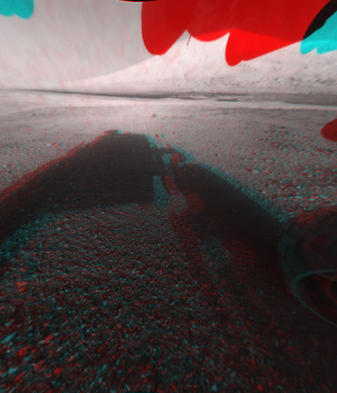 MARS I 3D: Finn fram de gode, gamle 3D-brillene. Navigasjonskameraene om bord �Curiosity� kan nemlig ta 3D-bilder. Foto: REUTERS / NASA / JPL-Caltech / Handout / NTB SCANPIX
