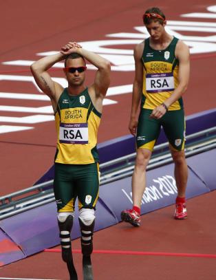 Pistorius til OL-finale uten � l�pe