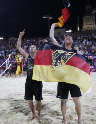 Tyskland tok f�rste europeiske OL-gull i sandvolleyball