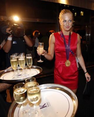 GULL: Linn J�rum Sulland var str�lende i finalen mot Montenegro, og s�rget for Norges andre gullmedalje. Foto: Lise �serud / NTB scanpix