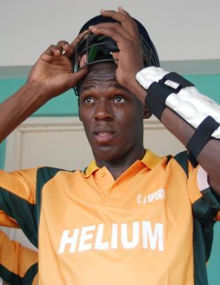 N� vil Bolt bli cricketstjerne