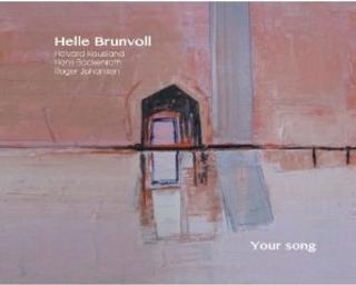 HELLE BRUNVOLL: Godt igjen fra mainstreamfundert sanger.