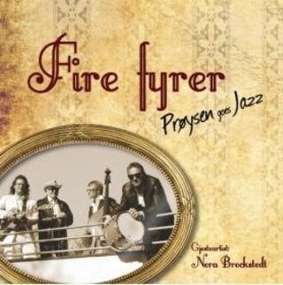 FIRE FYRER: Pr�ysenviser i ny, sm�hip drakt.