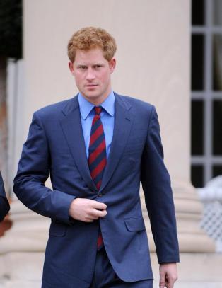 Britisk avis trykker bildene av nakne Harry