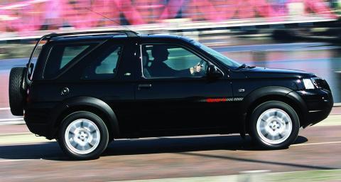 FORSIKTIG: F�rste generasjon Land Rover Freelander kommer d�rlig ut i flere kvalitetsunders�kelser. Foto: Newspress
