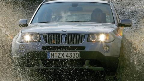 'SPORTSLIG: BMW X3 er blant de de aller mest sportslige SUV-ene, og den tekniske kvaliteten er meget god. Foto: BMW