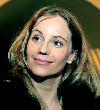 NY SESONG: Sofia Helin f�r norsk motspiller n�r hun gjentar sin rolle som Saga Noren i �Broen�. Foto: Jacques Hvistendahl