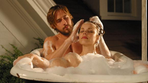 THE NOTEBOOK: Mange kjenner nok til filmen The Notebook med Ryan Gosling og Rachel McAdams, som ogs var kjrester p privaten. Filmen er regissert av Nick Casavettes. Foto: Stella Pictures