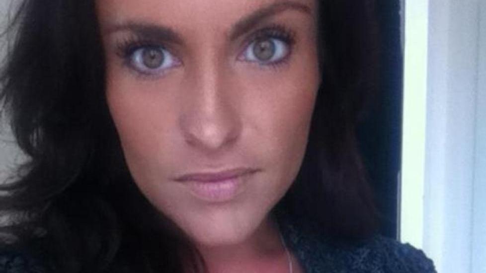 L�Y OM FERIE:  Gabriella Gardell kom ikke hjem som planlagt etter ferietur i Egypt. Da svenske journalister fant henne i Sharm el Sheikh sa hun at hun hadde f�tt en kj�reste, og at det var grunnen til at hun ble igjen, og ikke informerte sin svenske familie - som hjemme i Sverige hadde meldt henne savnet. N� forteller hun en helt annen historie. Foto: Privat
