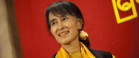 Myanmars president i samtaler med Aung San Suu Kyi