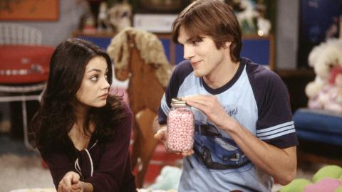 SPILTE PAR: Mila Kunis og Ashton Kutcher spilte kjrester i tv-serien That 70s Show. Foto: Stella pictures