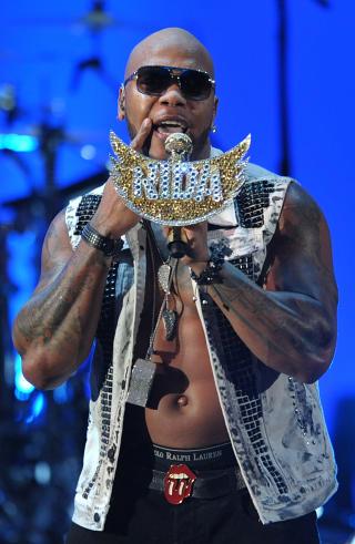 ORIGINALEN: Flo Rida har hatt stor suksess med l�ta �Whistle�. N� f�r han konkurranse i Arne Pers �Fl�yta mi�. Foto: John Shearer / AP / NTB Scanpix