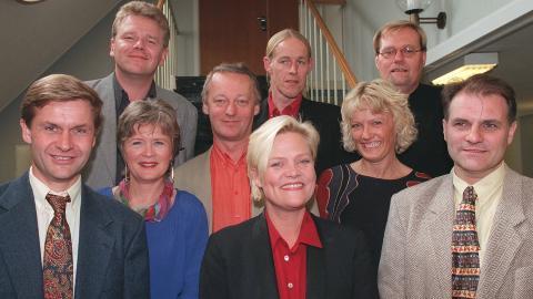 SV-KLANEN: Dette var stortingsgruppen til Sosialistisk Venstreparti i 1997. Olav Gunnar Ballo var p� Stortinget for SV i tolv �r. Foran f.v. Erik Solheim, �got Valla, Inge Myrvoll, Kristin Halvorsen, Karin Andersen, Olav Gunnar Ballo. Bak f. v.  �ystein Djupedal, Hallgeir Langeland, Rolf Reikvam. FOTO: Rune Petter Ness / NTB Scanpix