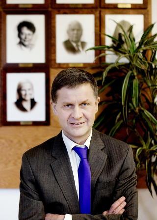 SAMEVITS:Tidligere SV-leder Erik Solheims samevits slo d�rlig an i Olav Gunnar Ballos bryllup. Foto: Espen R�st / Dagbladet