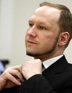 Breivik-tilhenger siktet for bombetrussel