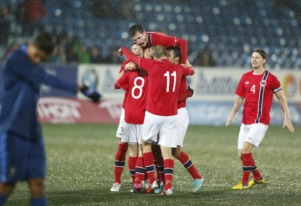 JUBELGENERASJONEN: Norges U21-landslag tok seg til det f�rste sluttspillet p� 14 �r etter en fantastisk kamp mot franske storfavoritter.Foto: REUTERS/Erlend Aas/NTB Scanpix