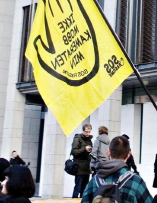 SOS Rasisme d�mt til � betale 6,8 millioner kroner