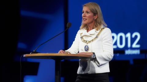 ENEST�ENDE: Ingen andre kvinnelige ordf�rere tjener mer enn Christine Sagen Helg� som er ordf�rer i Stavanger.  Foto: Kent Skibstad / NTB scanpix