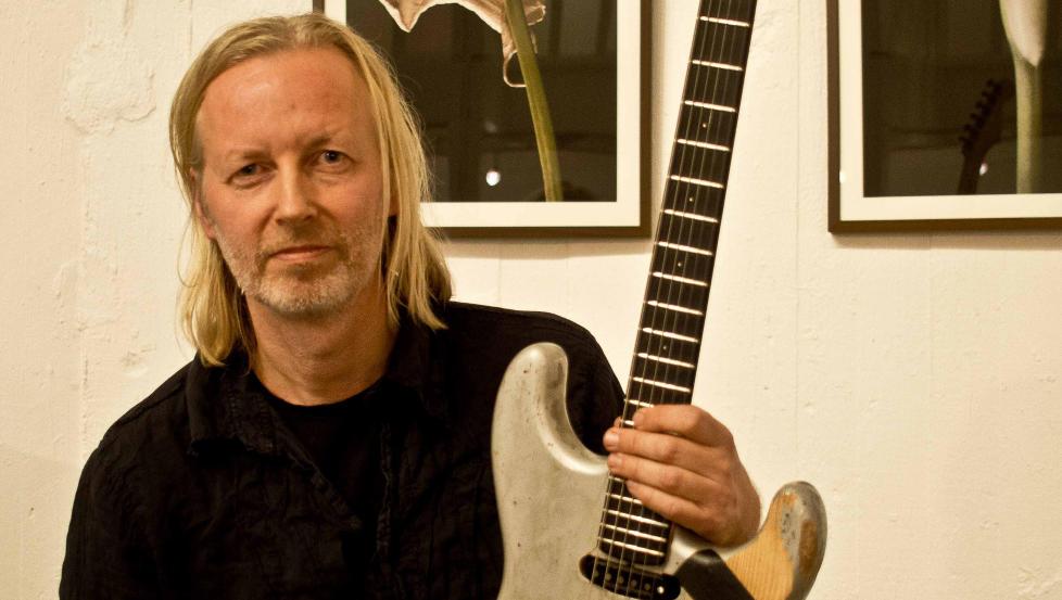 ALBUM OG TURN�: Eivind Aarset er aktuell med sitt f�rste ECM-album som leder og legger samtidig ut p� tur i Europa med kvartetten sin. FOTO: TERJE MOSNES