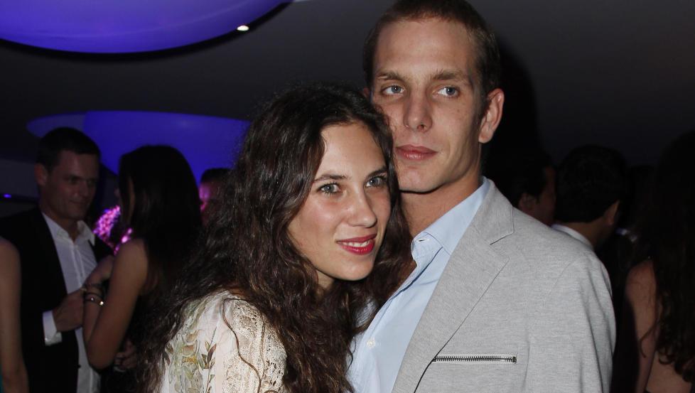 BLIR FORELDRE: Andrea Casiraghi og forloveden Tatiana Santo Domingo venter barn i februar. Foto: Stella Pictures