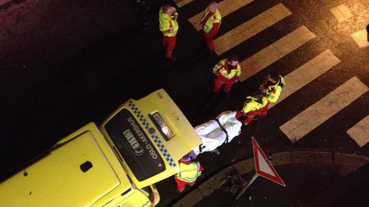 TIL SYKEHUS: En person ble sendt til sykehus, og to til legevakta etter massaslagsm�let. Foto: Dagbladet-tipser