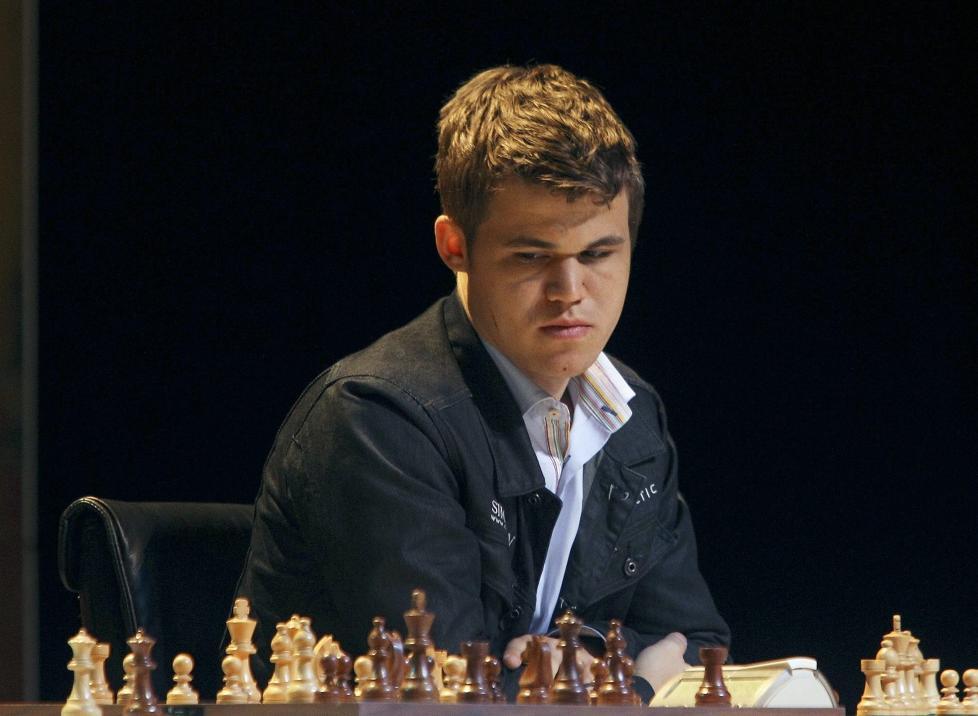 SLO �N REKORD: Magnus Carlsen slo Garri Kasparovs live-rekord og har tidenes h�yeste ranking gjennom tidene. Foto: EPA/ALEX CRUZ