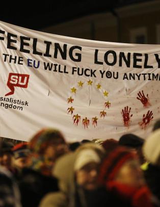 Tjen Folket, Tea Party, Senterpartiet og Redd Barna sammen i tog mot EU