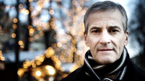 VIL FORSKE: Helseminister Jonas Gahr St�re sier ja til den livsforlengende medisinen Ipilimumab mot f�flekkreft. Foto: �istein Norum Monsen / DAGBLADET