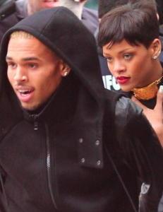 Rihanna og Chris Brown sammen i jula