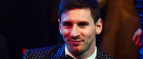 Messi sn�t Ronaldo for Gullballen igjen