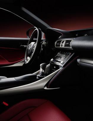 Her er den nye Lexus'en