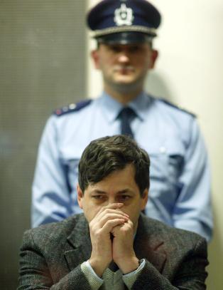 Retten vurderer l�slatelse av �Udyret fra Charleroi�