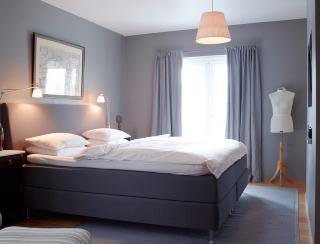 Plassering av lampe over seng