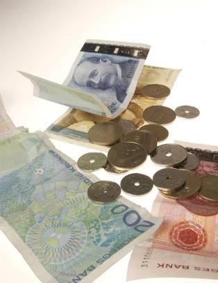 Forbanner rentekuttet: - Rubb og rake i norske butikker er jo importert