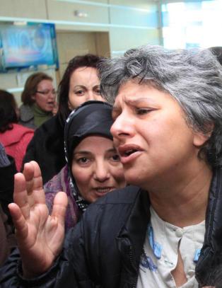 Tunisiere roper p� �andre revolusjon�