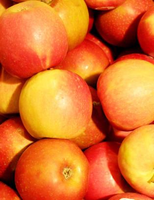 Spr�, s�te og  syrlige: Tid for syndig eplekake