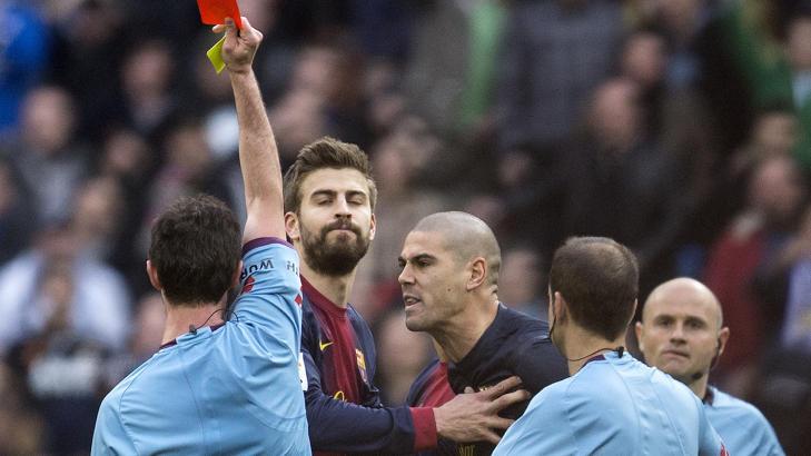 RØDE VALDES:  Barcelonas Victor Valdes. Foto:   AFP PHOTO/ DANI POZO