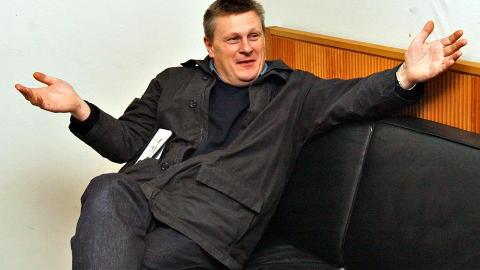 REAGERER: Rubicon-sjef og produsent, Lasse Hallberg, sier de betaler statister i henhold til hva som er vanlig. Foto: Truls Brekke