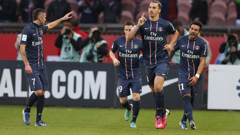 M�LSCORER: Paris Saint-Germains  Zlatan Ibrahimovic scoret begge m�lene i 2-1-seieren over Nancy. Foto: NTB Scanpix