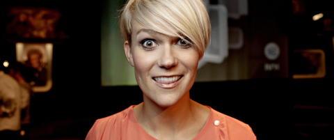 Sigrid Bonde Tusvik viser sin egen f�dsel p� TV
