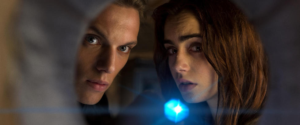 Se den rykende ferske �The Mortal Instruments�-traileren.
