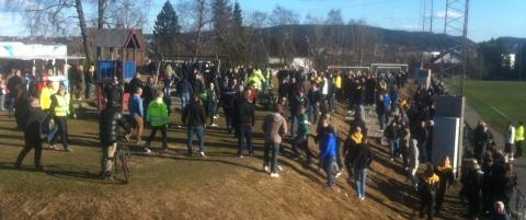 Vlerenga-casuals kom til Grorud for  slss med LSK-supportere