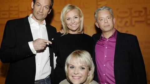 NY I GJENGEN:  Ingrid Gjessing Linhave blir Jon Almaas og Knut Nærums nye makker når Linn Skåber slutter. Foto: NRK.