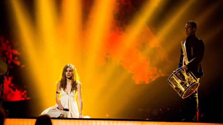 DANMARKS DAME: Emmelie de Forest (20) og l�ta �Only Teardrops� er storfavoritt i kveld