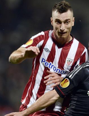 Hangeland fr ny konkurrent i Fulham