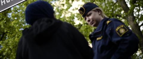 Satte fyr p� restaurant og politistasjon i Stockholm