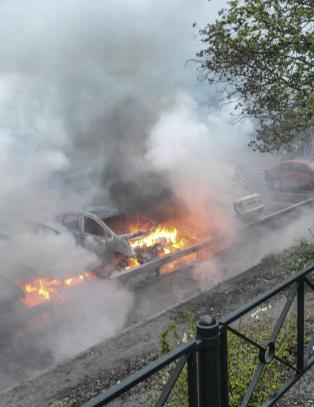 Stockholm brenner, femte natta p� rad