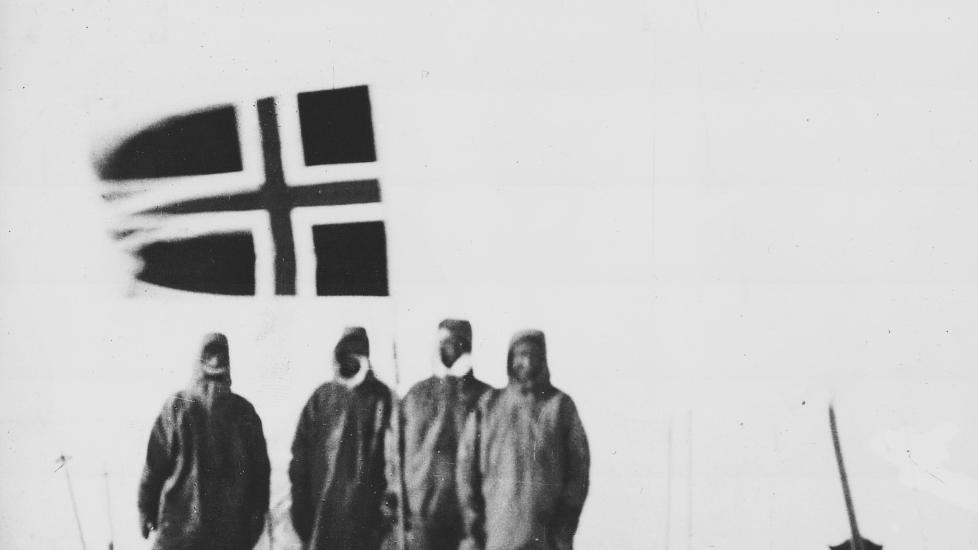 SYDPOLEN: Roald Amundsen og hans menn n�dde polpunktet i 1911. Foto: Arkiv